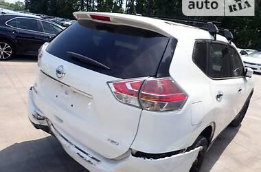 Позашляховик / Кросовер Nissan Rogue 2015 в Києві