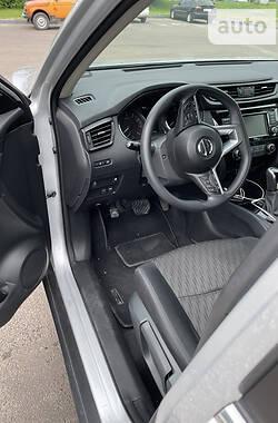 Позашляховик / Кросовер Nissan Rogue 2018 в Рівному