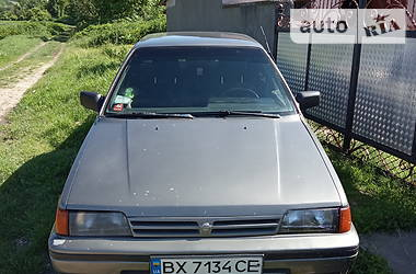 Nissan Sunny 1989 в Кам'янець-Подільському