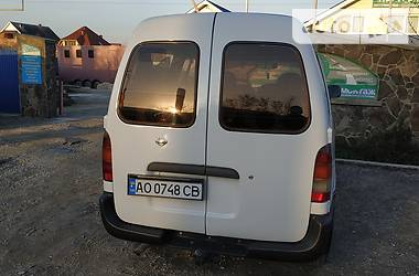 Nissan Vanette пасс. 1995 в Ужгороде