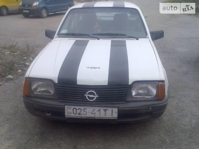Opel Ascona 1985 в Тернополе