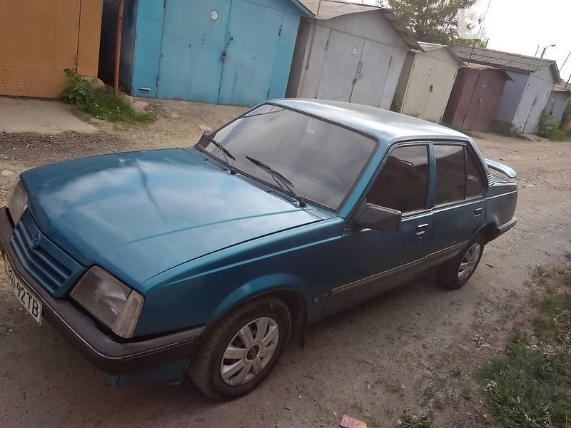 Opel Ascona 1988 в Дрогобыче