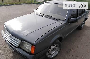 Opel Ascona 1988 в Ивано-Франковске