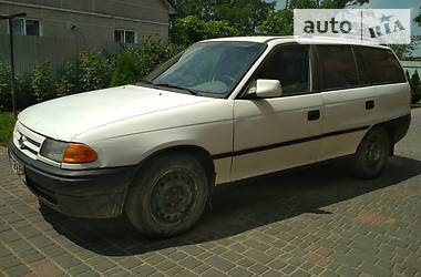 Opel Astra F 1992 в Яворове