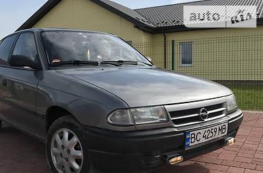 Хэтчбек Opel Astra F 1995 в Жидачове