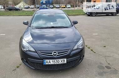 Купе Opel Astra GTC 2013 в Киеве