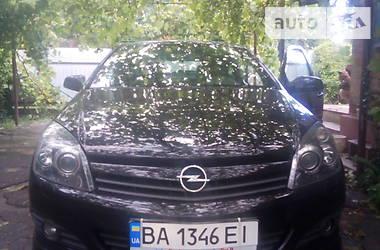 Купе Opel Astra GTC 2005 в Новомиргороді
