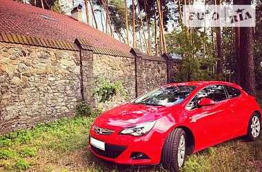 Купе Opel Astra GTC 2013 в Києві