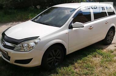 Opel Astra H 2009 в Чуднове