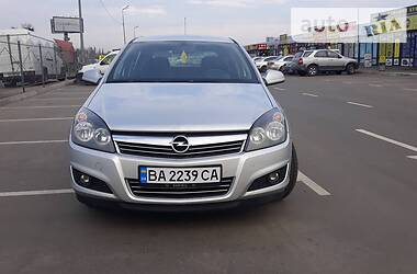 Opel Astra H 2012 в Киеве