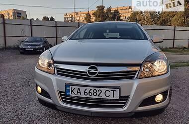 Хэтчбек Opel Astra H 2012 в Киеве