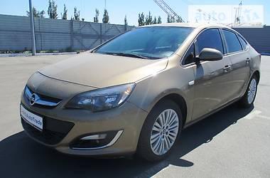 Opel Astra J 2013 в Харькове