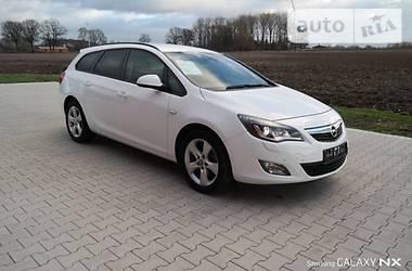 Opel Astra J 2012 в Львове