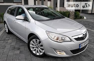 Opel Astra J 2011 в Стрые