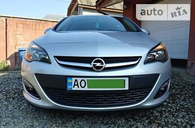 Opel Astra J 2014 в Хусте
