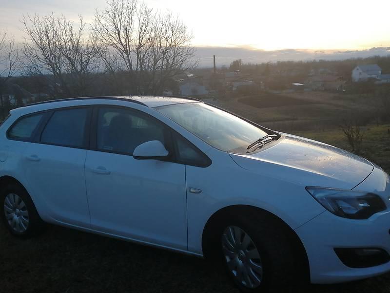 Opel Astra J 2015 в Снятине