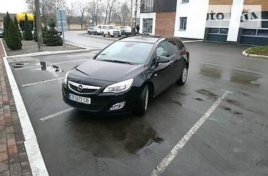 Opel Astra J 2011 в Чернигове