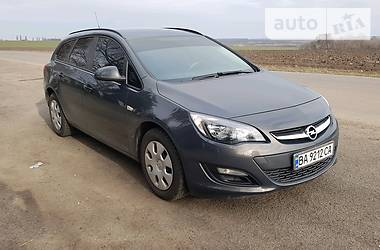 Opel Astra J 2014 в Киеве