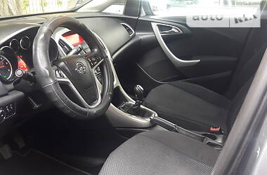 Opel Astra J 2011 в Луцке
