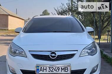 Opel Astra J 2011 в Бахмуте