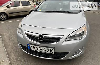 Opel Astra J 2011 в Киеве