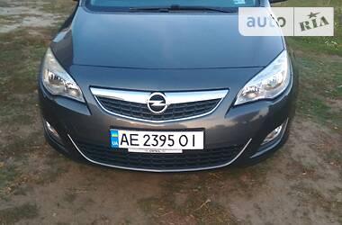 Opel Astra J 2011 в Кривом Роге