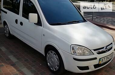 Opel Combo пасс. 2005 в Ивано-Франковске