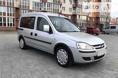 Opel Combo пасс. 2010 в Николаеве