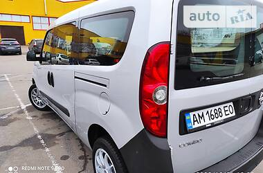 Opel Combo пасс. 2013 в Житомире