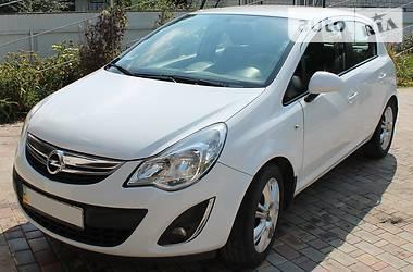 Opel Corsa 2012 в Новых Санжарах