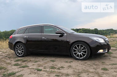 Opel Insignia Sports Tourer 2012 в Киеве