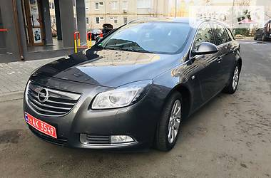 Opel Insignia Sports Tourer 2011 в Луцке