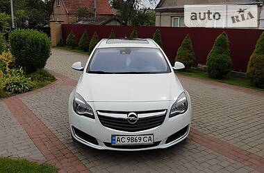 Opel Insignia Sports Tourer 2014 в Нововолынске