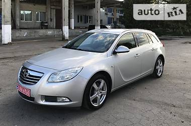 Opel Insignia Sports Tourer 2010 в Луцке