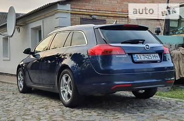 Универсал Opel Insignia Sports Tourer 2011 в Киеве