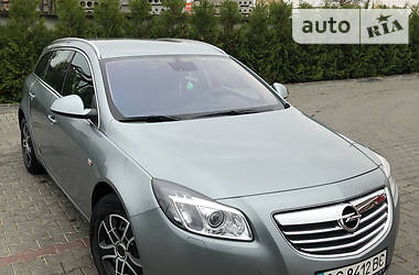 Унiверсал Opel Insignia 2012 в Луцьку