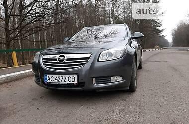 Opel Insignia 2011 в Вараше