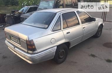 Opel Kadett 1987 в Горишних Плавнях