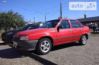 Opel Kadett 1987 в Харькове