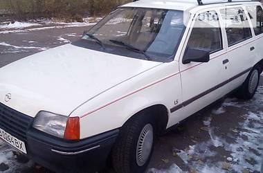 Opel Kadett 1987 в Чернигове