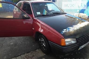 Opel Kadett 1986 в