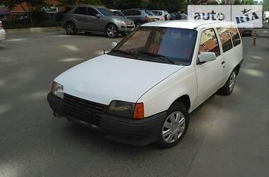 Opel Kadett 1988 в Кривом Озере