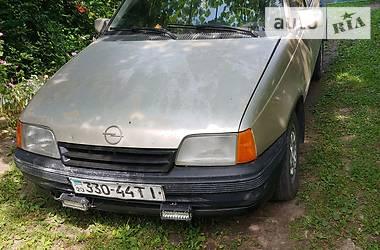 Универсал Opel Kadett 1986 в Ровно