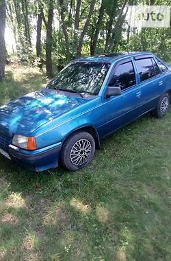 Седан Opel Kadett 1987 в Лебедине