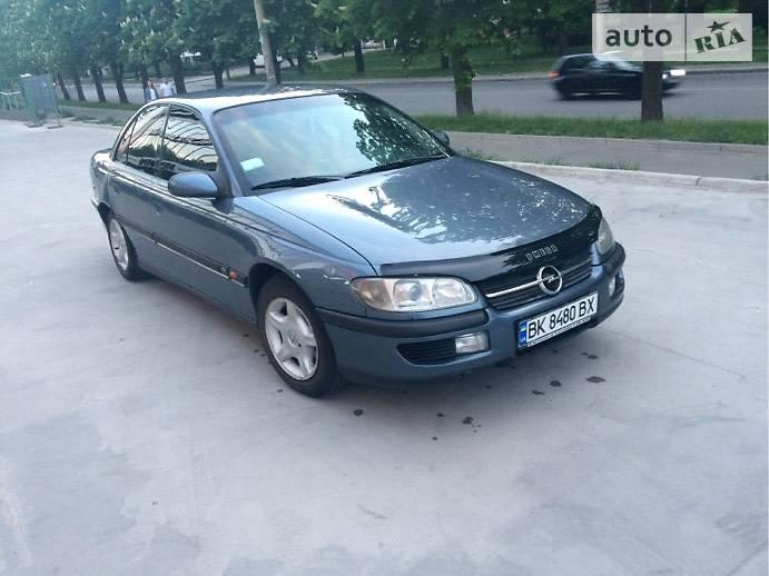 Opel Omega 2000 в Рівному
