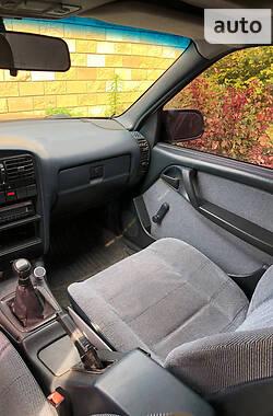 Седан Opel Omega 1989 в Днепре
