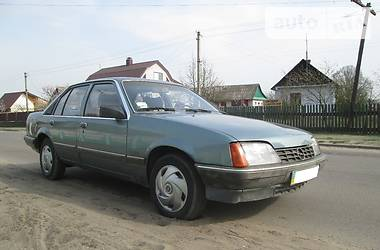 Opel Rekord 1986 в Березному
