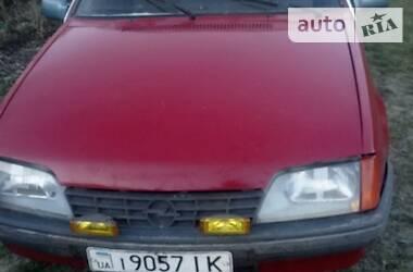 Opel Rekord 1984 в Староконстантинове