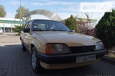 Opel Rekord 1986 в Дубно