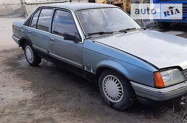Седан Opel Rekord 1986 в Жашкове